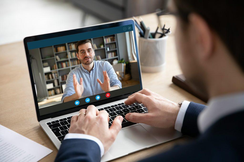 Quels sont les meilleurs outils pour partager les agendas et les réunions ?